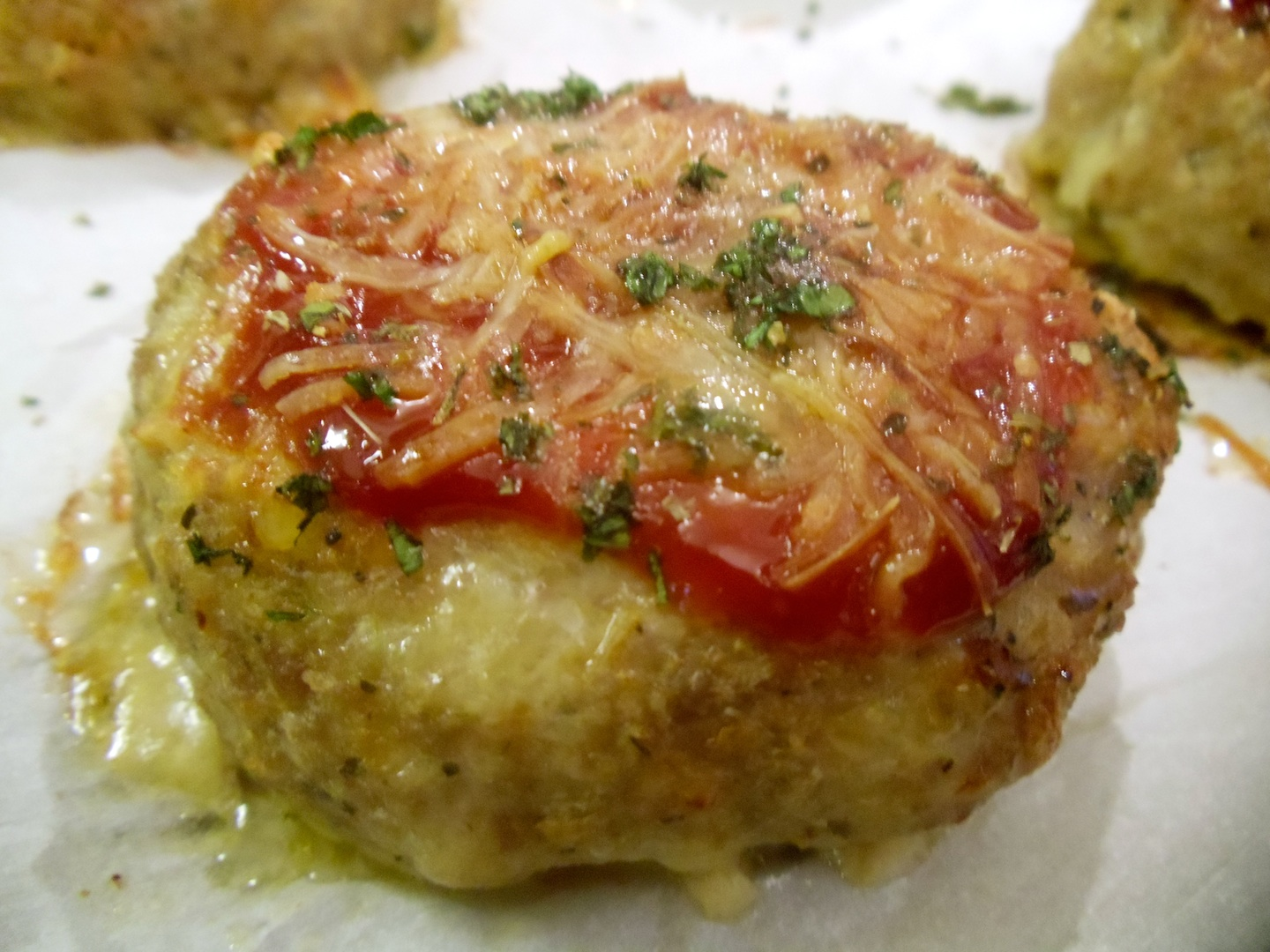 A nice departure from a ground beef meatloaf. These are juicy and packed with flavor! Mini Italian Meat Loaves! From #Real Food Girl: Unmodified