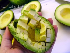 How to score an avocado to make guacamole:  Real Food Girl: Unmofidied