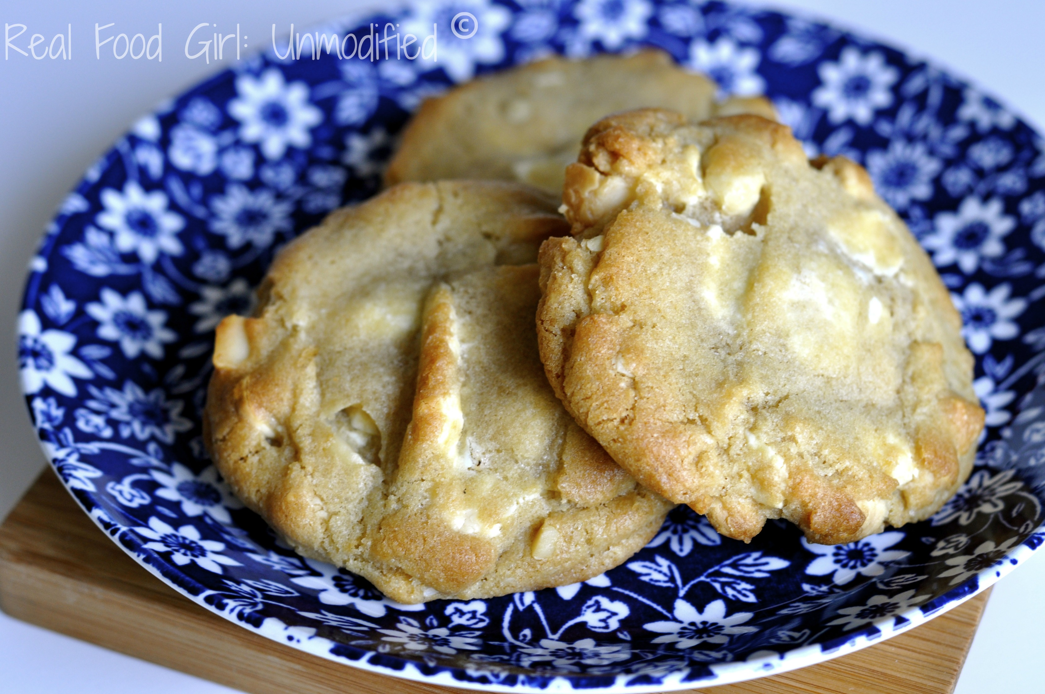 White Chocolate Macadamia Nut Cookies- Made with awesome non-GMO ingredients. Real Food Girl: Unmodified