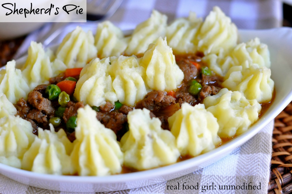 30-Minute Mondays by Real Food Girl: Unmodified- Shepherd's Pie. Savory ground lamb, fresh veggies, rich gravy-like sauce and fluffy mashed potatoes. Yum!