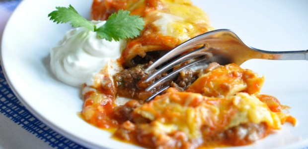 30-Minute Mondays- Beef & Bean Enchiladas by Real Food Girl Unmodified Pinning this for later!