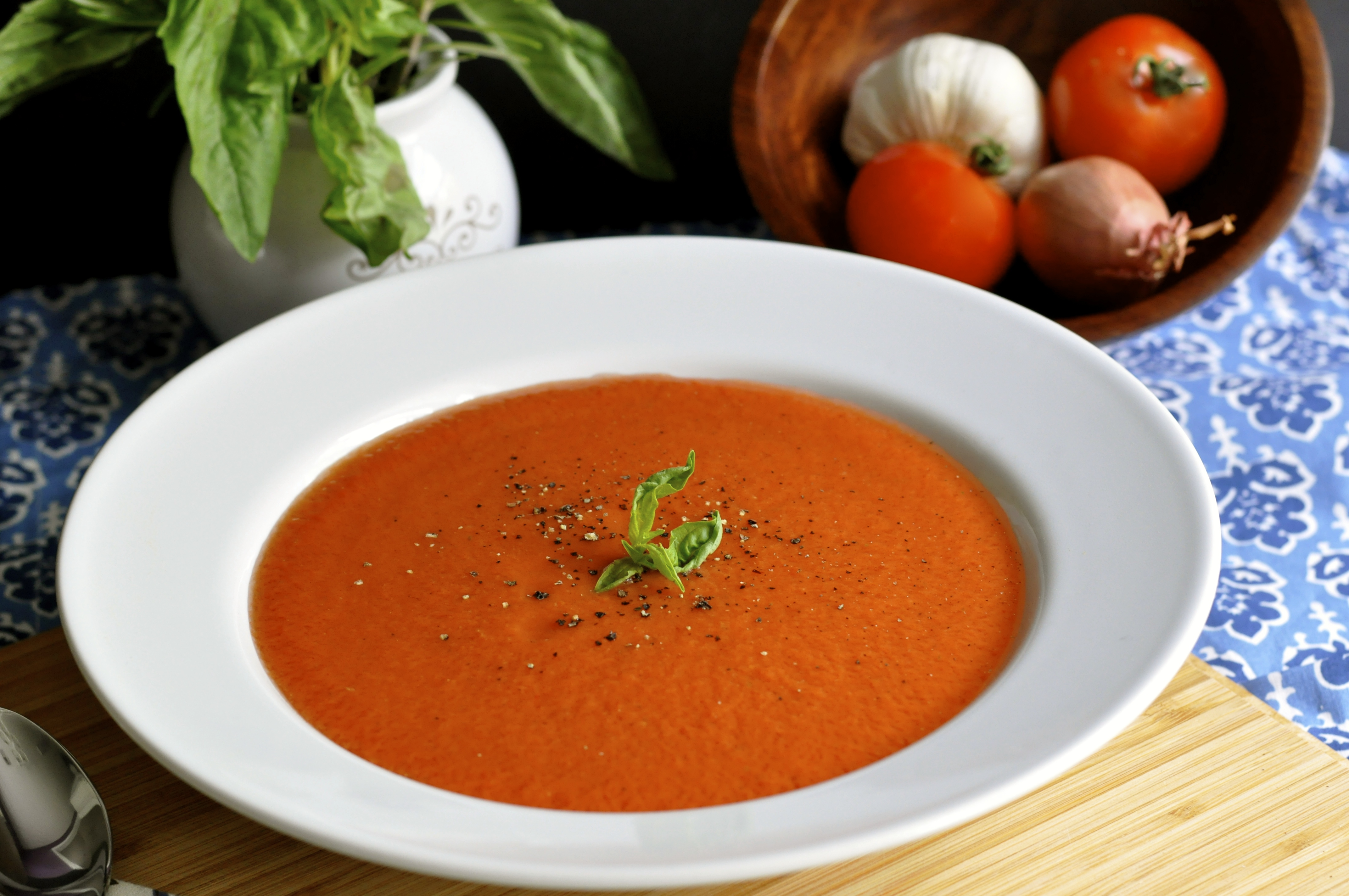 Chilled Garden Fresh Tomato Soup- Perfect for Summer-- Guest Post on Live Simply by Real Food Girl: Unmodified