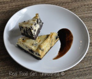 Faux-reo Cheesecake Bars. Because even REAL food foodies need a treat once in a while! Happy Valentine's Day from Real Food Girl: Unmodified!